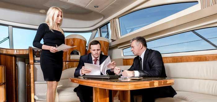 аренда яхт для бизнес встреч в Ларнаке